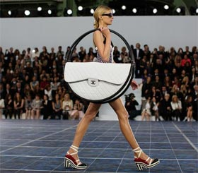 Do you like Chanel Hula Hoop Bag?