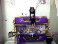 Clawdeen Wolf Doll Bed Playset (Monster High)